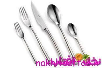 تزیینات قاشق و چنگال روی میز