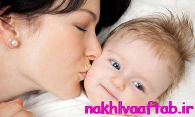 تاثیرات بوسیدن کودک
