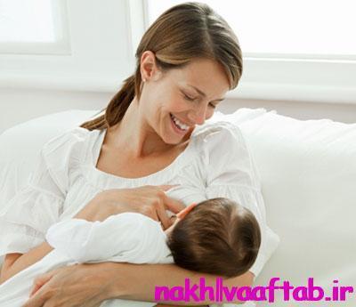 طریقه شیر دادن به نوزاد,شیر دادن به بچه,شیر خوردن با شیشه,شیر دادن با شیشه,شیشه شیر,شیر,زایمان,شیر مادر,نحوه شیر دادن,نکات شیردهی,شیردهی,شیر دادن